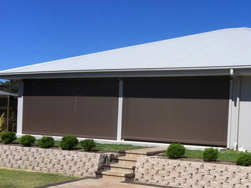 Outdoor Blinds Brisbane | Patio, Deck, Cafe Blinds & Awnings